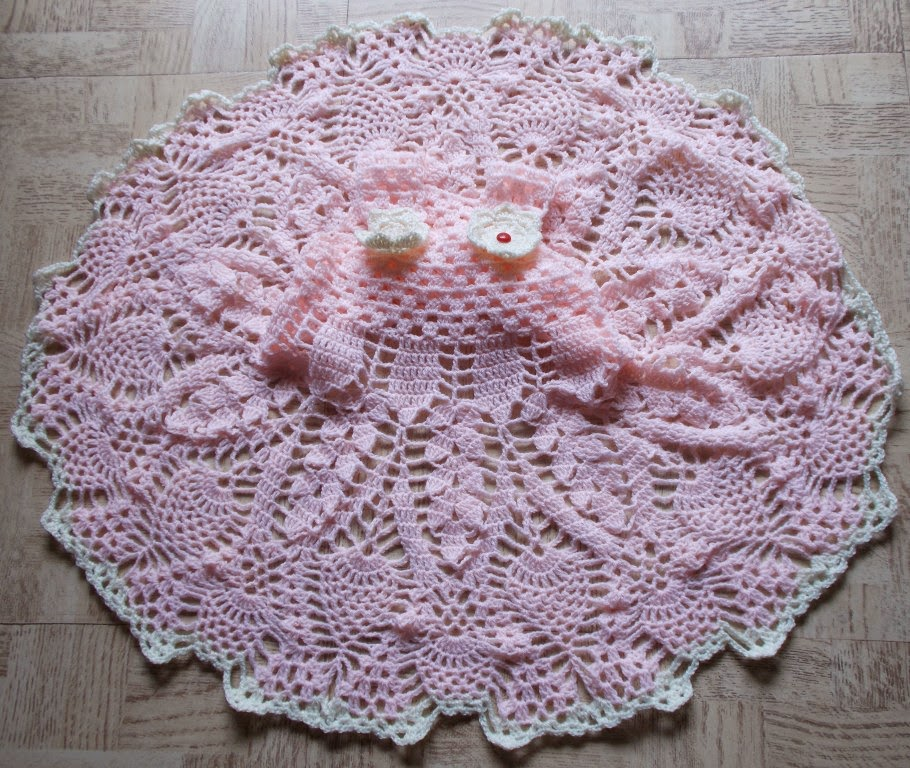 Divine Pineapple Baby Dress Free Crochet Pattern